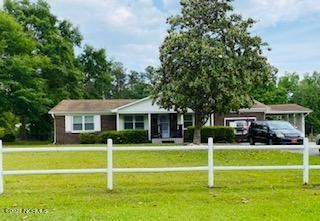 Photo of 203 Maplehurst Drive, Jacksonville, NC 28540 (MLS # 100272032)