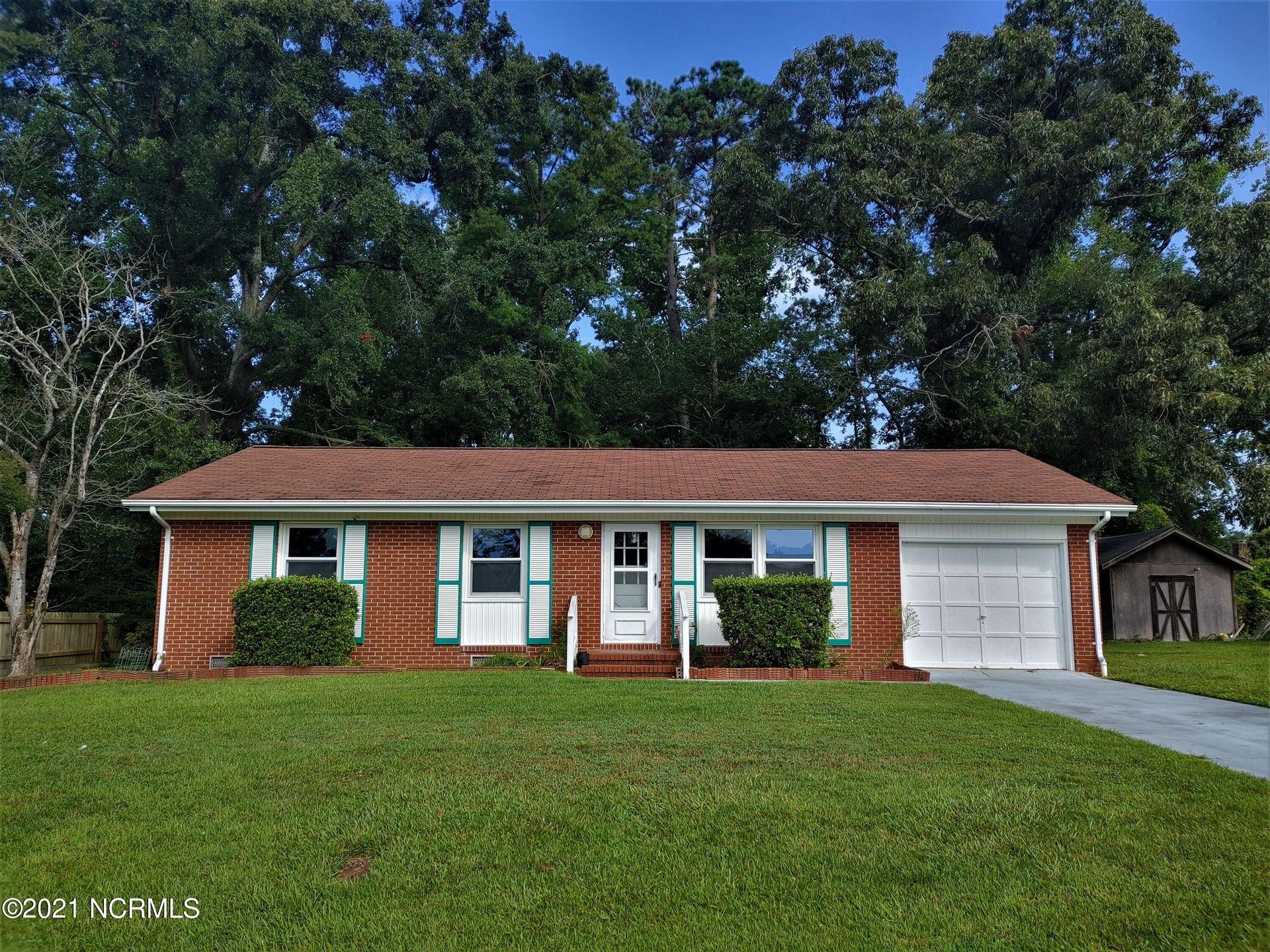 Photo of 139 Greencrest Circle, Jacksonville, NC 28540 (MLS # 100288032)