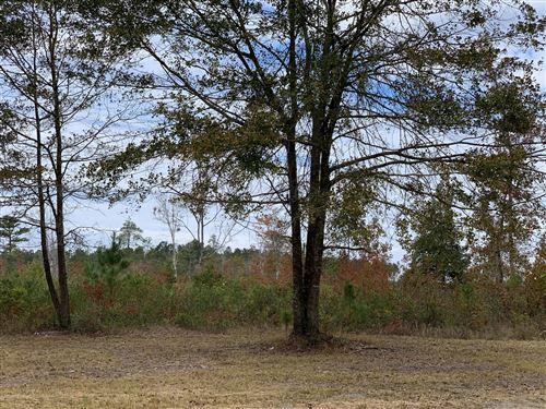 Photo of 0 W Waverly Drive, Burgaw, NC 28425 (MLS # 100243033)