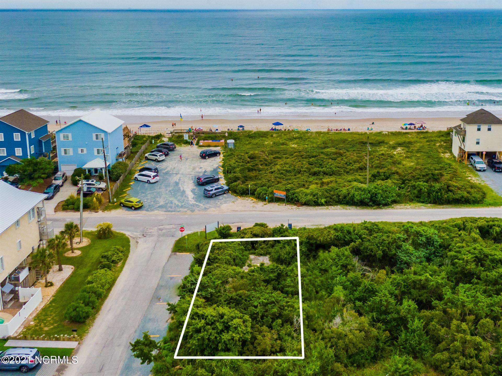 Photo for 601 S Shore Drive, Surf City, NC 28445 (MLS # 100285034)