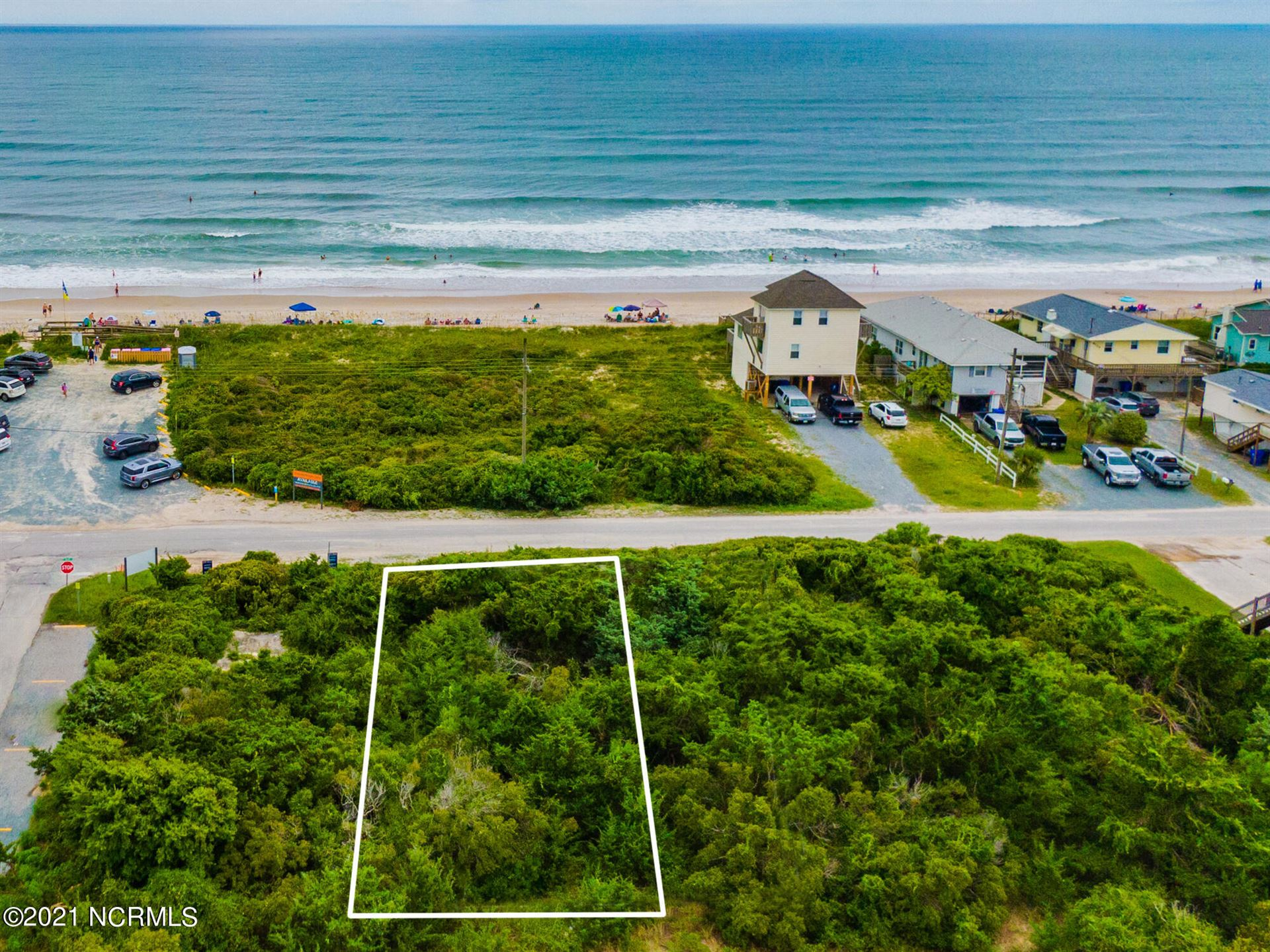Photo for 603 S Shore Drive, Surf City, NC 28445 (MLS # 100285035)