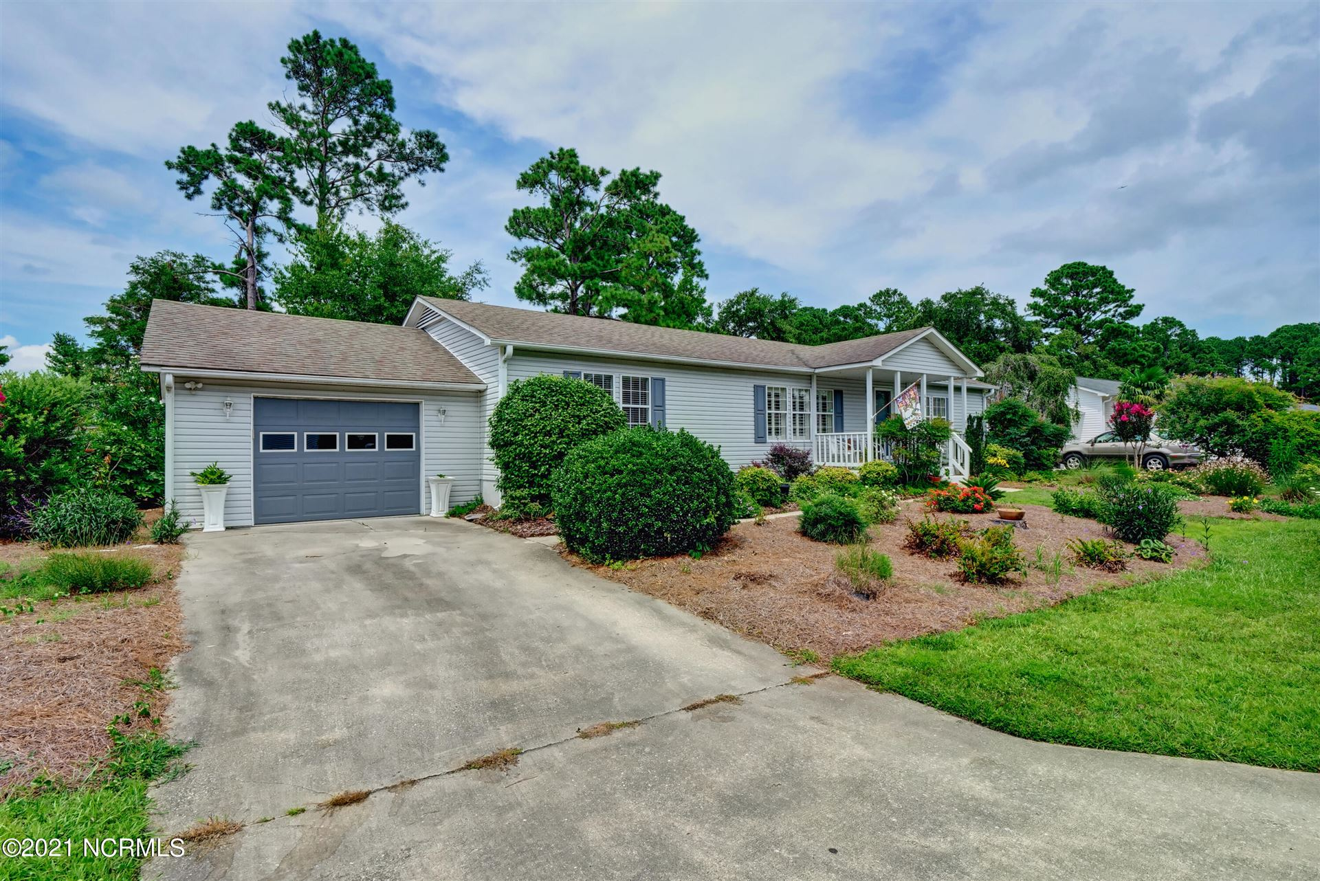 Photo of 633 Capeside Drive, Wilmington, NC 28412 (MLS # 100280036)