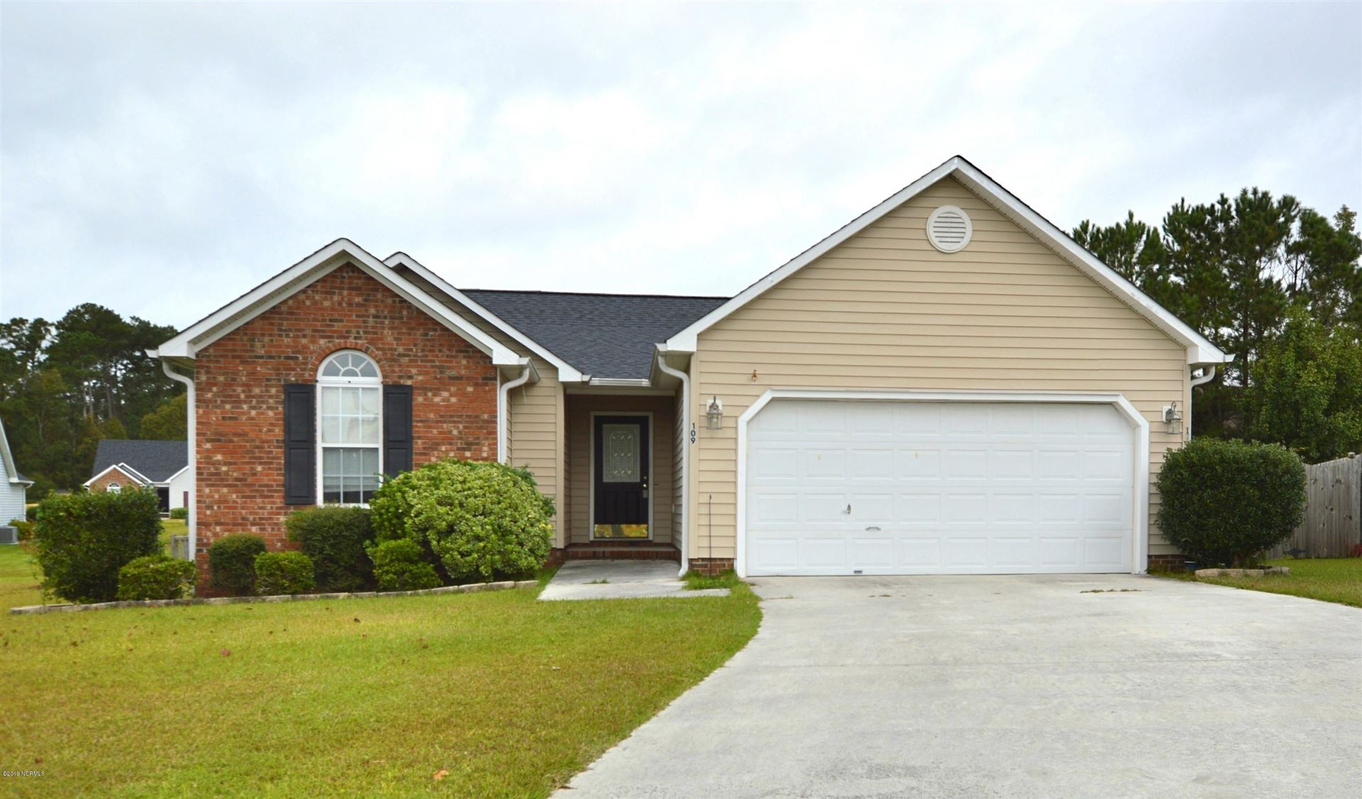 Photo of 109 Ridgewood Court, Jacksonville, NC 28546 (MLS # 100293037)