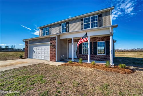 Photo of 107 Hardin Drive, Maysville, NC 28555 (MLS # 100258039)