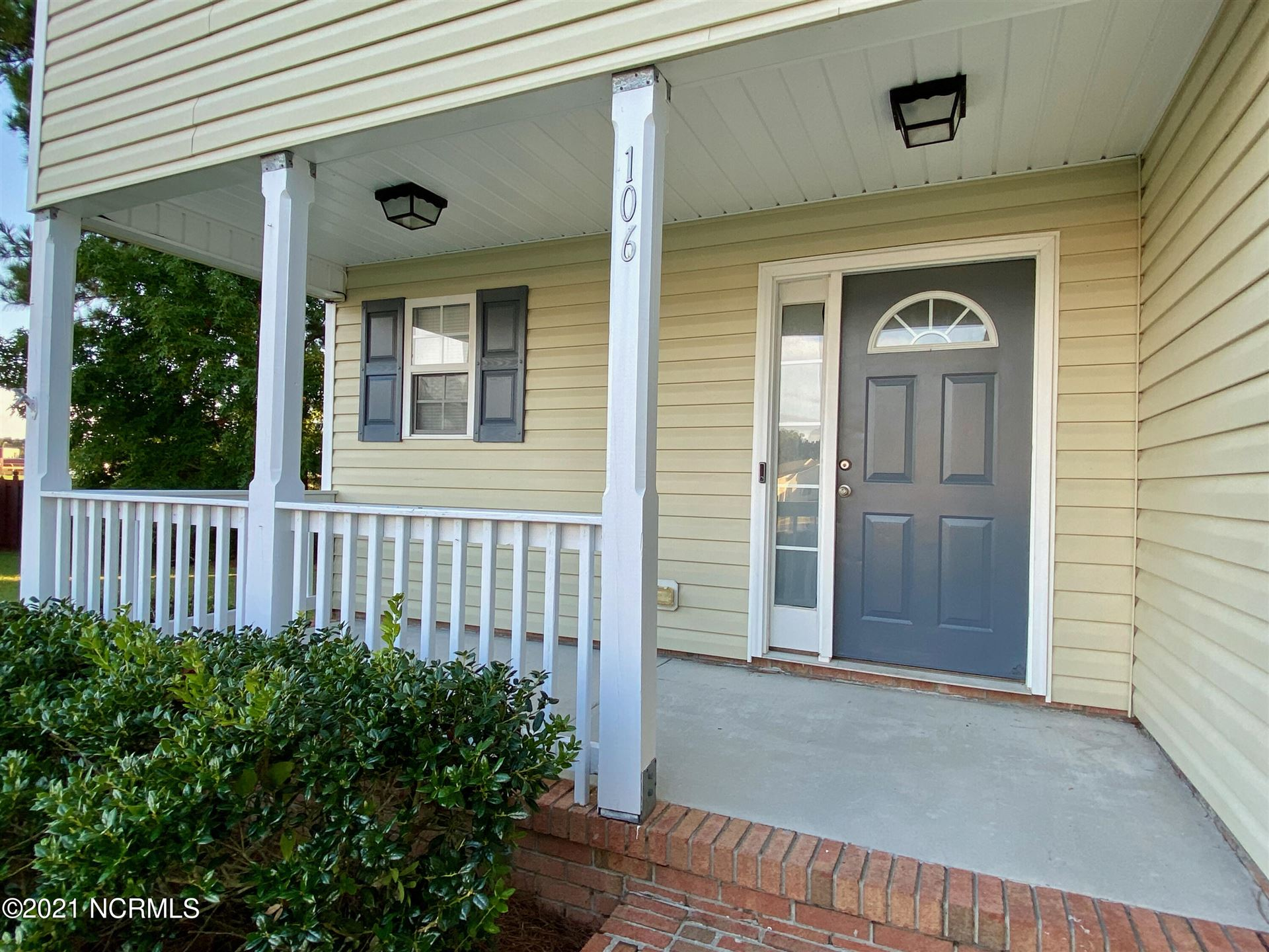 Photo of 106 Chastain Court, Jacksonville, NC 28546 (MLS # 100292042)
