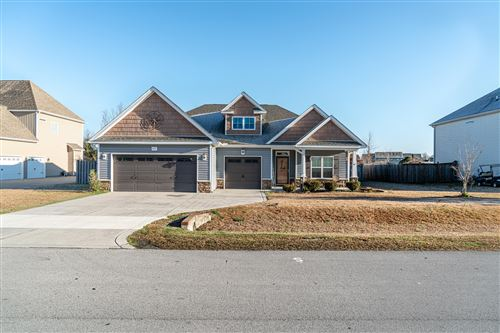 Photo of 414 Fawns Creek Chase, Jacksonville, NC 28540 (MLS # 100207044)