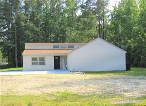Photo of 107 Bluebird Lane, Hallsboro, NC 28442 (MLS # 100221044)