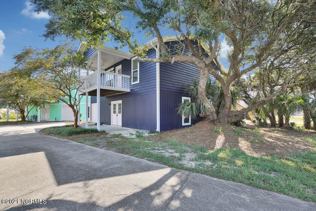 Photo for 206 Bayview Drive, North Topsail Beach, NC 28460 (MLS # 100285047)