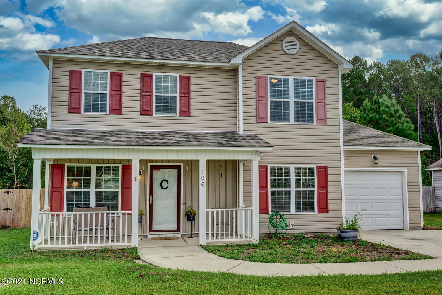 Photo of 106 Blossom Court, Maple Hill, NC 28454 (MLS # 100290048)