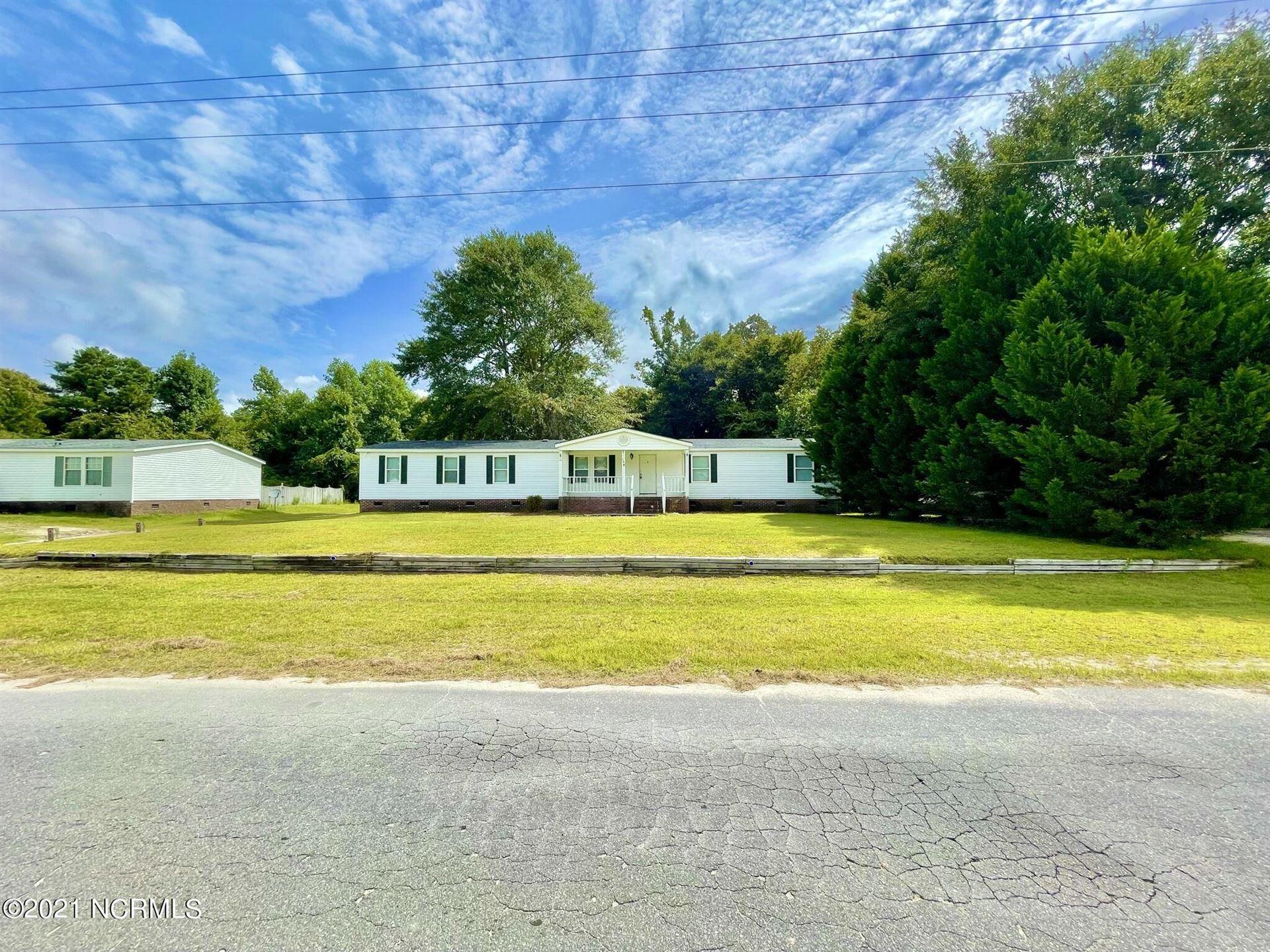 Photo of 636 Maynard Boulevard, Jacksonville, NC 28546 (MLS # 100288052)