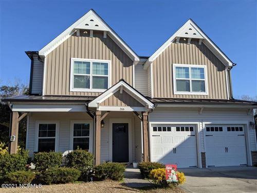 Photo of 206 Tree Hill Lane, Hubert, NC 28539 (MLS # 100275064)