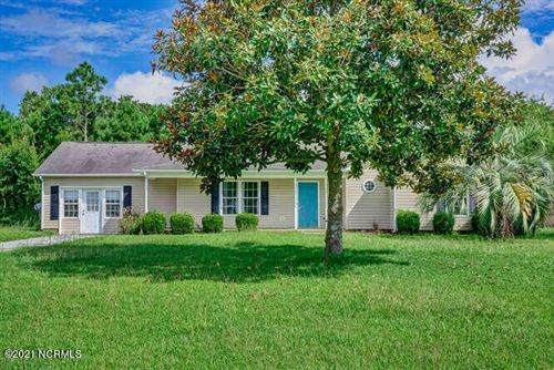 Photo of 304 Woody Way, Sneads Ferry, NC 28460 (MLS # 100272065)