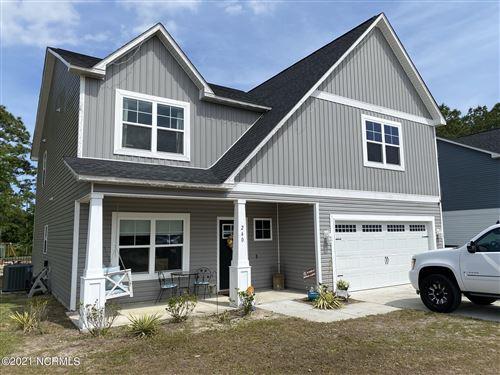 Photo of 240 E Ivybridge Drive, Hubert, NC 28539 (MLS # 100272067)