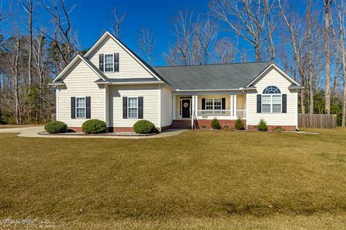 Photo of 203 Westerly Road, New Bern, NC 28560 (MLS # 100206070)