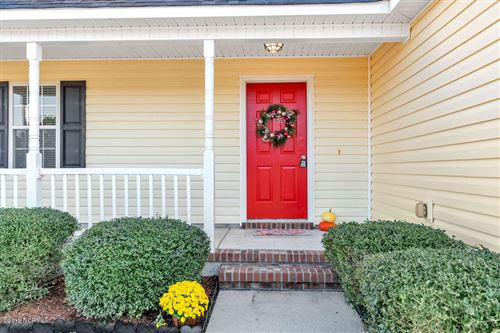 Photo of 203 Concord Lane, Richlands, NC 28574 (MLS # 100194071)