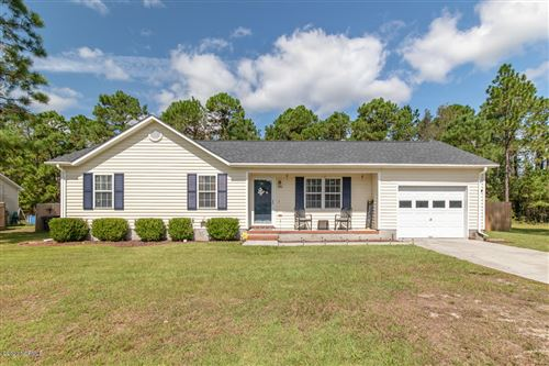 Photo of 100 Sorrel Lane, Hubert, NC 28539 (MLS # 100238071)