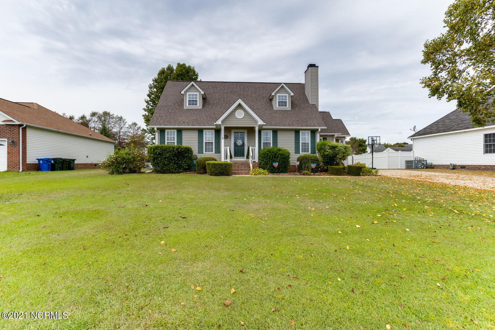 Photo of 2148 Winder Drive, Winterville, NC 28590 (MLS # 100291072)