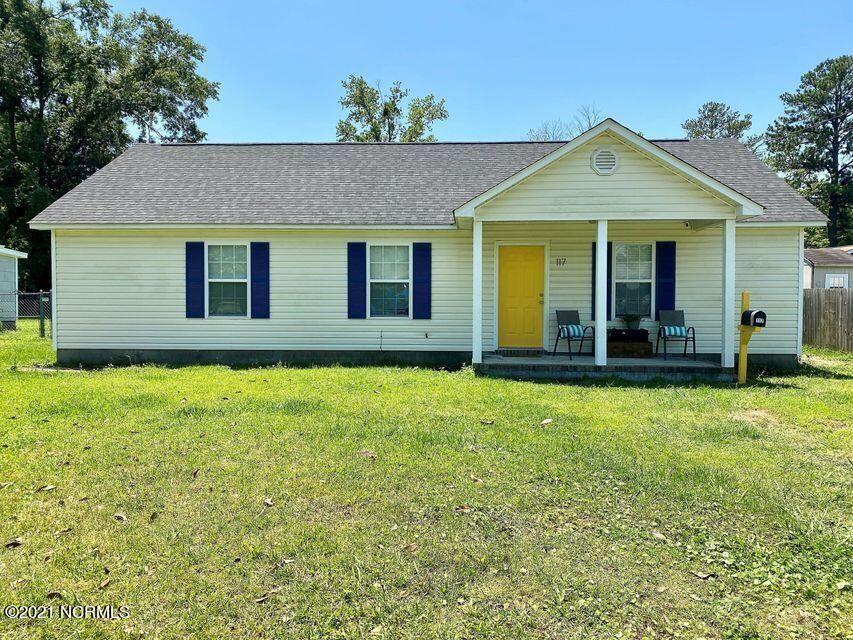 Photo of 117 Summersill Drive, Jacksonville, NC 28540 (MLS # 100289077)