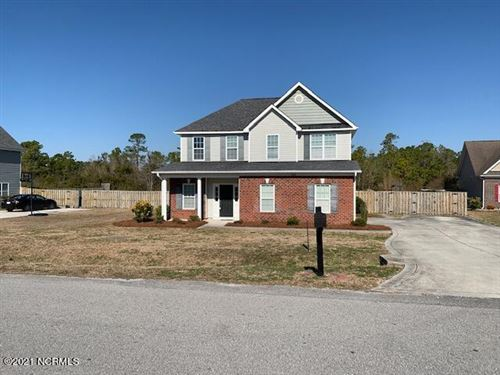 Photo of 134 Inverness Drive, Hubert, NC 28539 (MLS # 100258081)