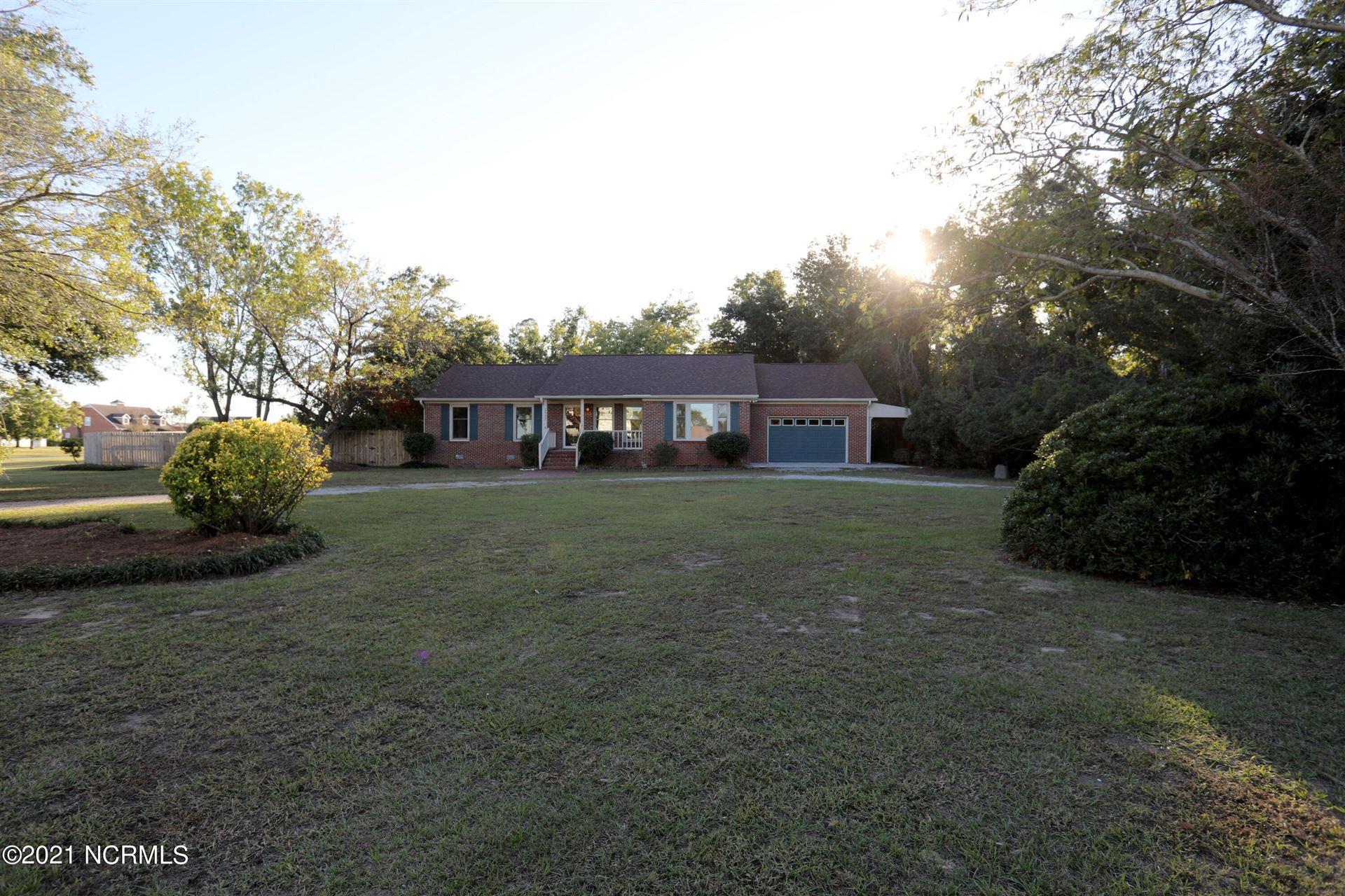 Photo of 123 Leslie Drive, Hubert, NC 28539 (MLS # 100296084)
