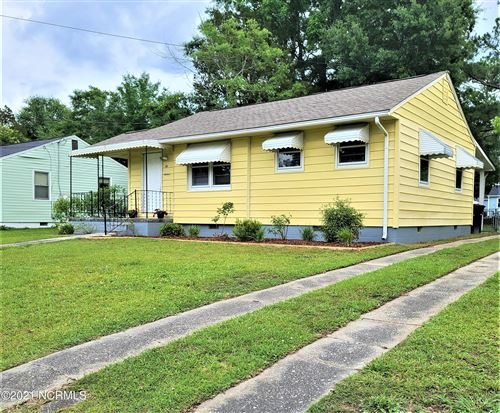 Photo of 406 New River Drive, Jacksonville, NC 28540 (MLS # 100275085)