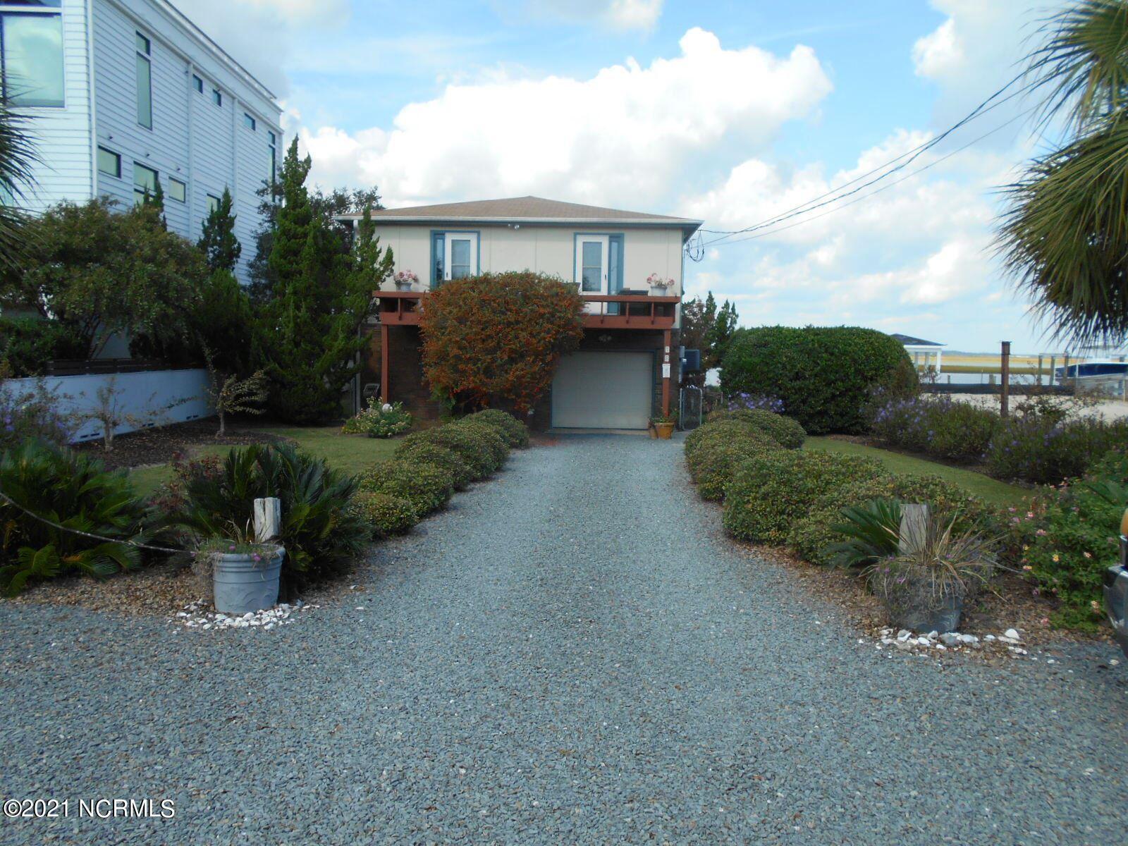 Photo of 18 Pelican Drive, Wrightsville Beach, NC 28480 (MLS # 100295086)