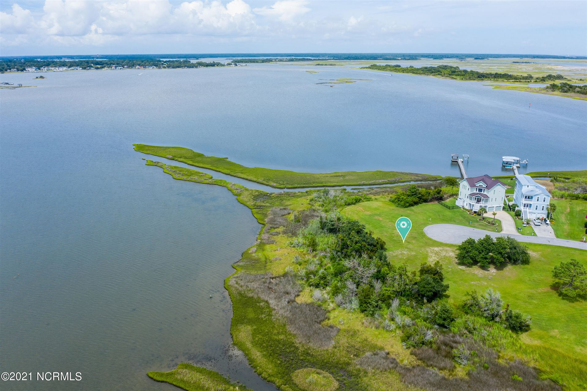 Photo for 173 Big Hammock Point Road, Sneads Ferry, NC 28460 (MLS # 100281090)