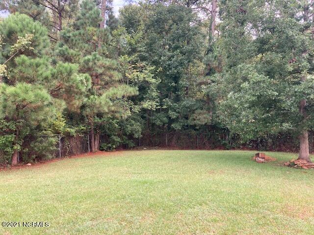 Photo of 212 Glenwood Drive, Hubert, NC 28539 (MLS # 100293091)