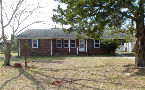 Photo of 196 Swan Point Road, Sneads Ferry, NC 28460 (MLS # 100198093)