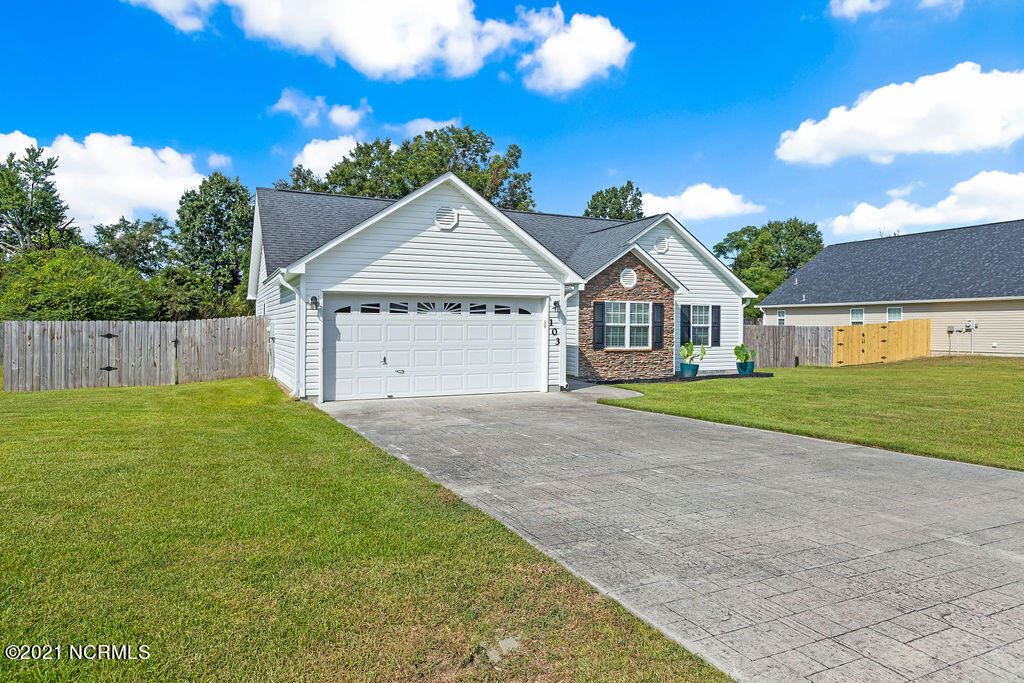 Photo of 103 Silver Queen Lane, Richlands, NC 28574 (MLS # 100291100)