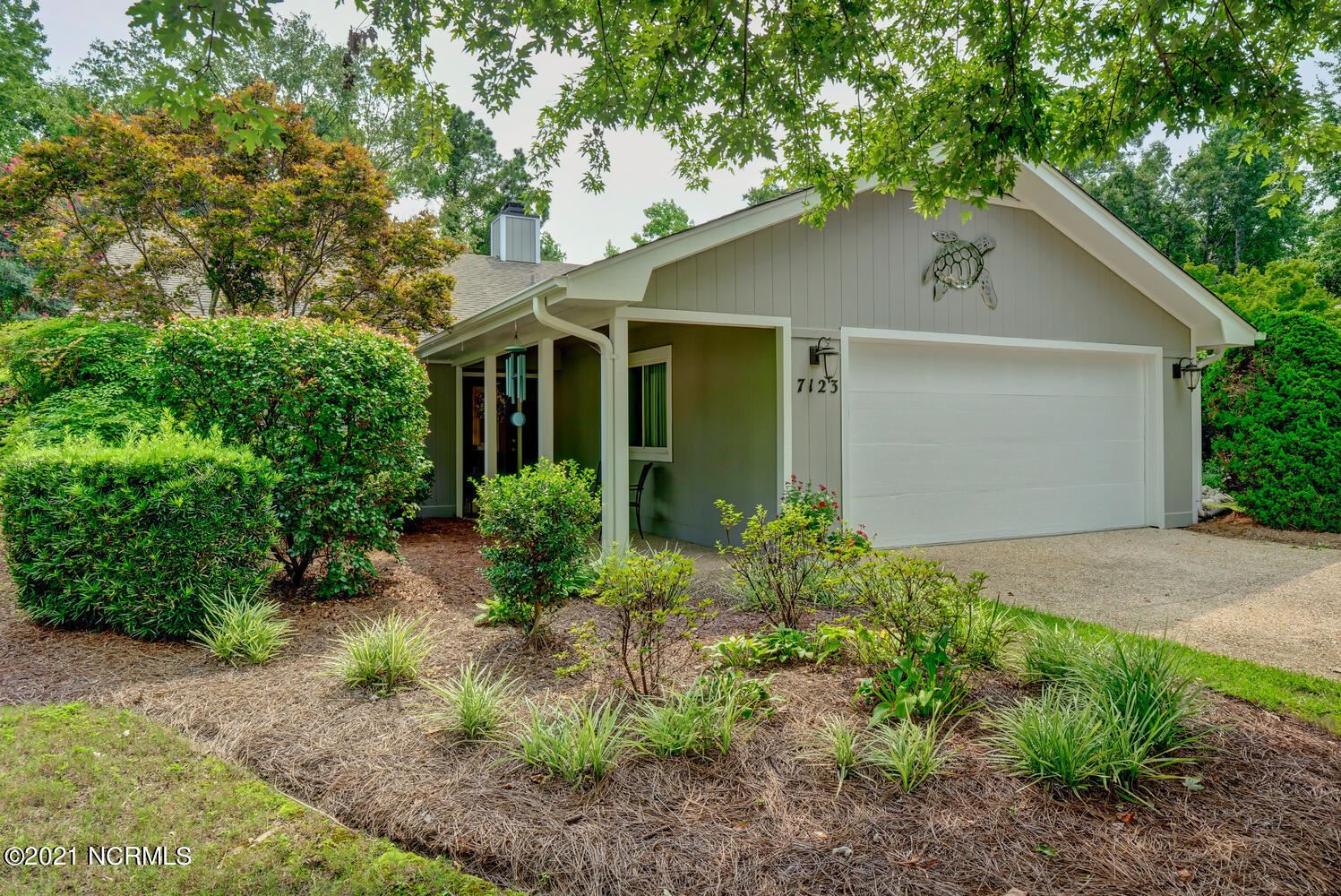 Photo for 7123 Key Pointe Drive, Wilmington, NC 28405 (MLS # 100284101)