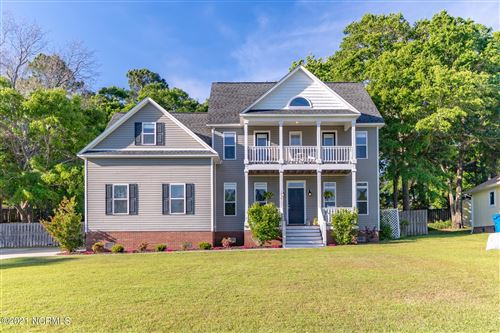 Photo of 1050 Chadwick Shores Drive, Sneads Ferry, NC 28460 (MLS # 100269102)
