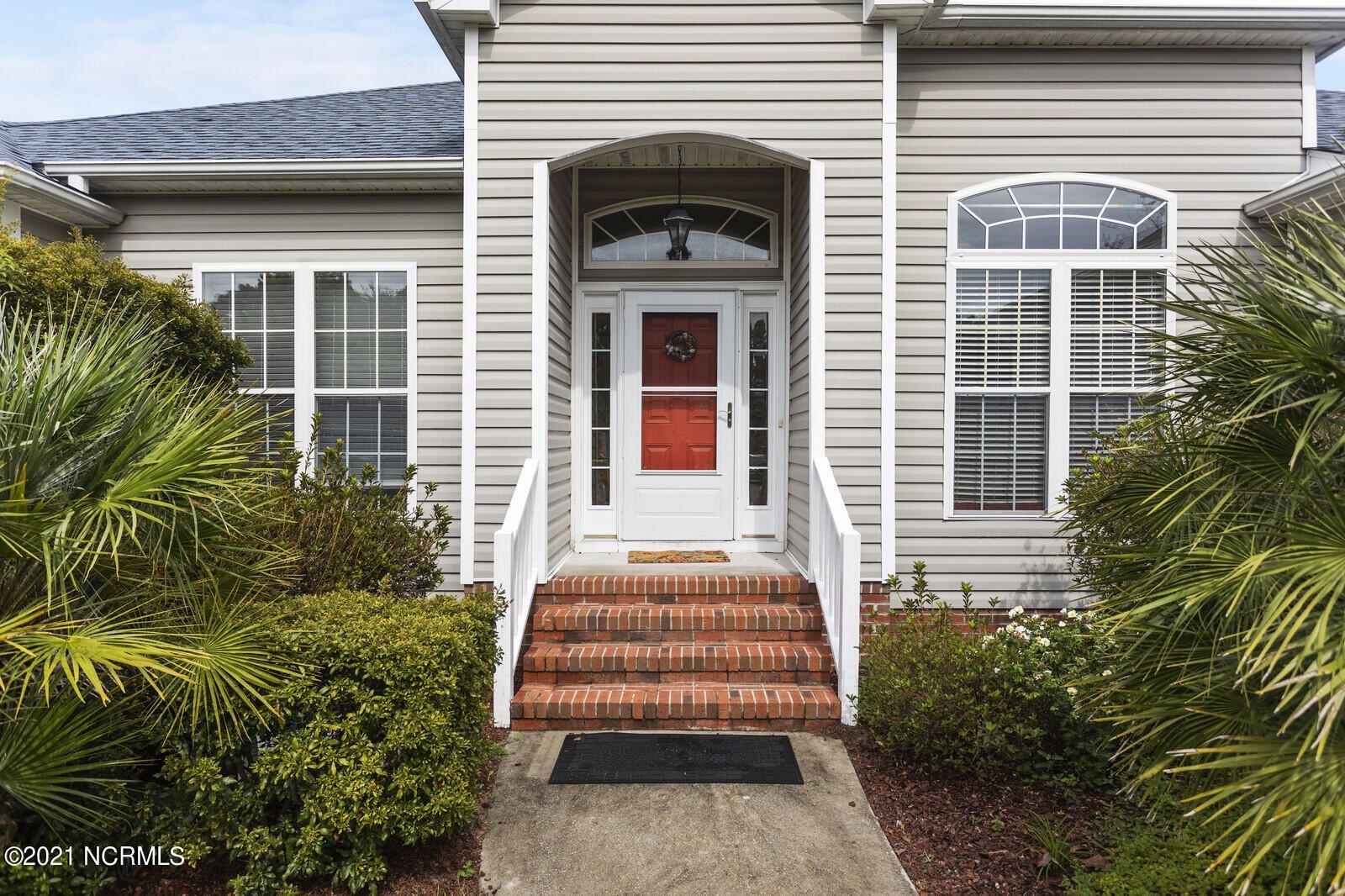 Photo of 326 Foxwood Lane, Wilmington, NC 28409 (MLS # 100293102)