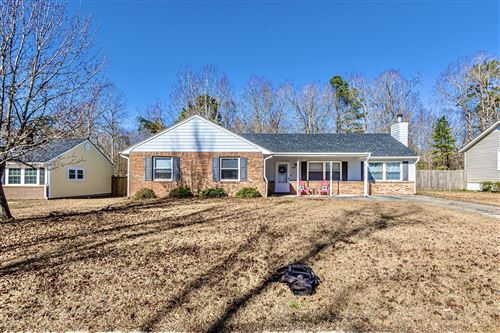 Photo of 208 Spring Drive, Jacksonville, NC 28540 (MLS # 100199103)