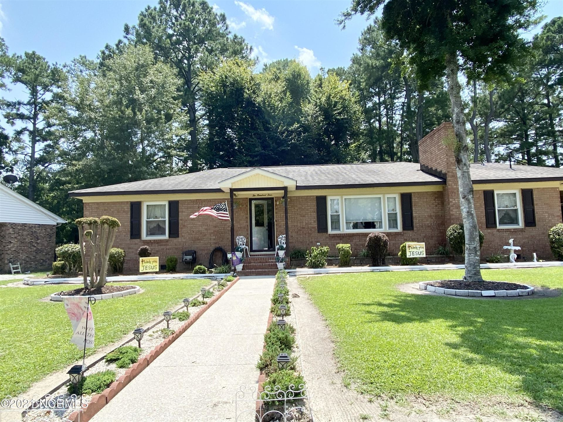 Photo of 204 Kirkland Drive, Greenville, NC 27858 (MLS # 100284103)