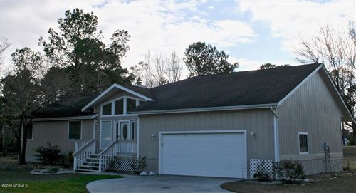 Photo of 105 Greenview Court, Hampstead, NC 28443 (MLS # 100202104)