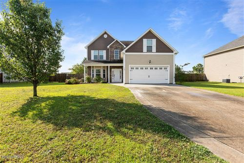 Photo of 118 Groveshire Place, Richlands, NC 28574 (MLS # 100219104)