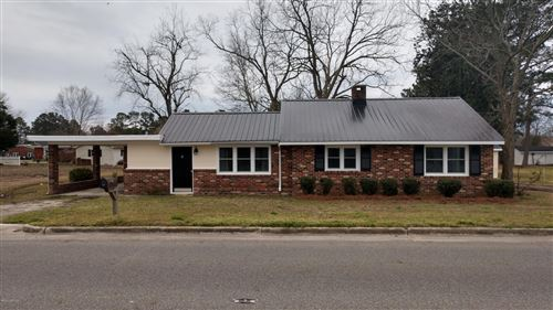 Photo of 717 W Main Street, Beulaville, NC 28518 (MLS # 100206107)