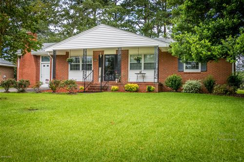 Photo of 106 Estate Drive, Jacksonville, NC 28540 (MLS # 100226108)