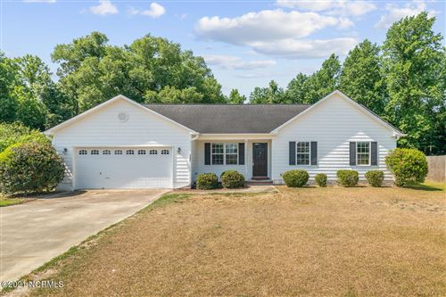 Photo of 107 Cartwright Court, Richlands, NC 28574 (MLS # 100274108)