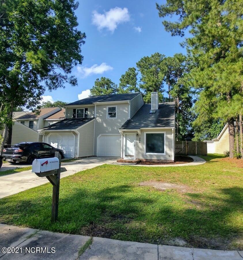 Photo for 206 Bracken Place, Jacksonville, NC 28540 (MLS # 100281109)