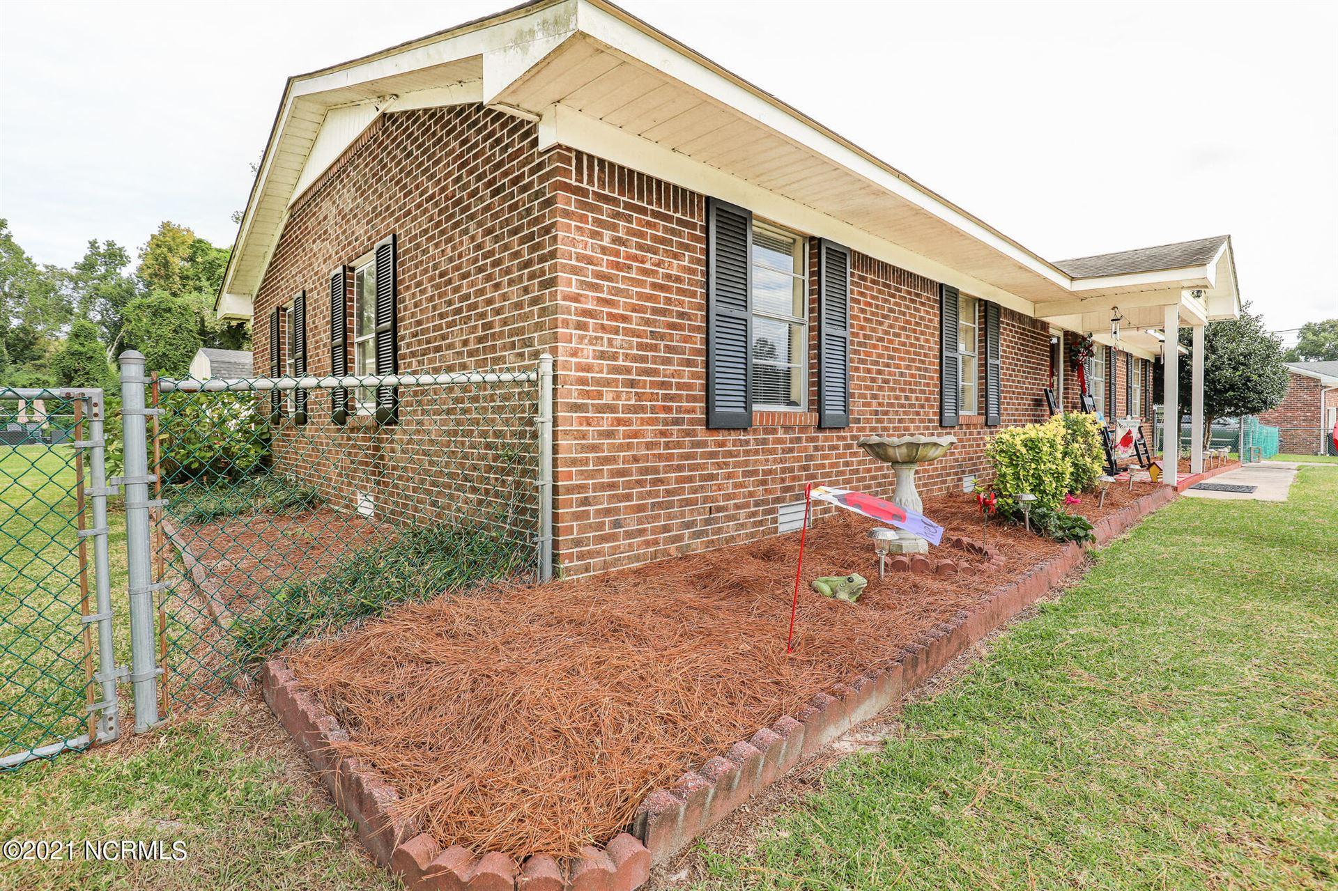 Photo of 104 Howell Drive, Jacksonville, NC 28540 (MLS # 100294113)