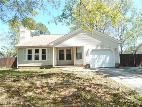 Photo of 313 Spring Drive, Jacksonville, NC 28540 (MLS # 100252114)