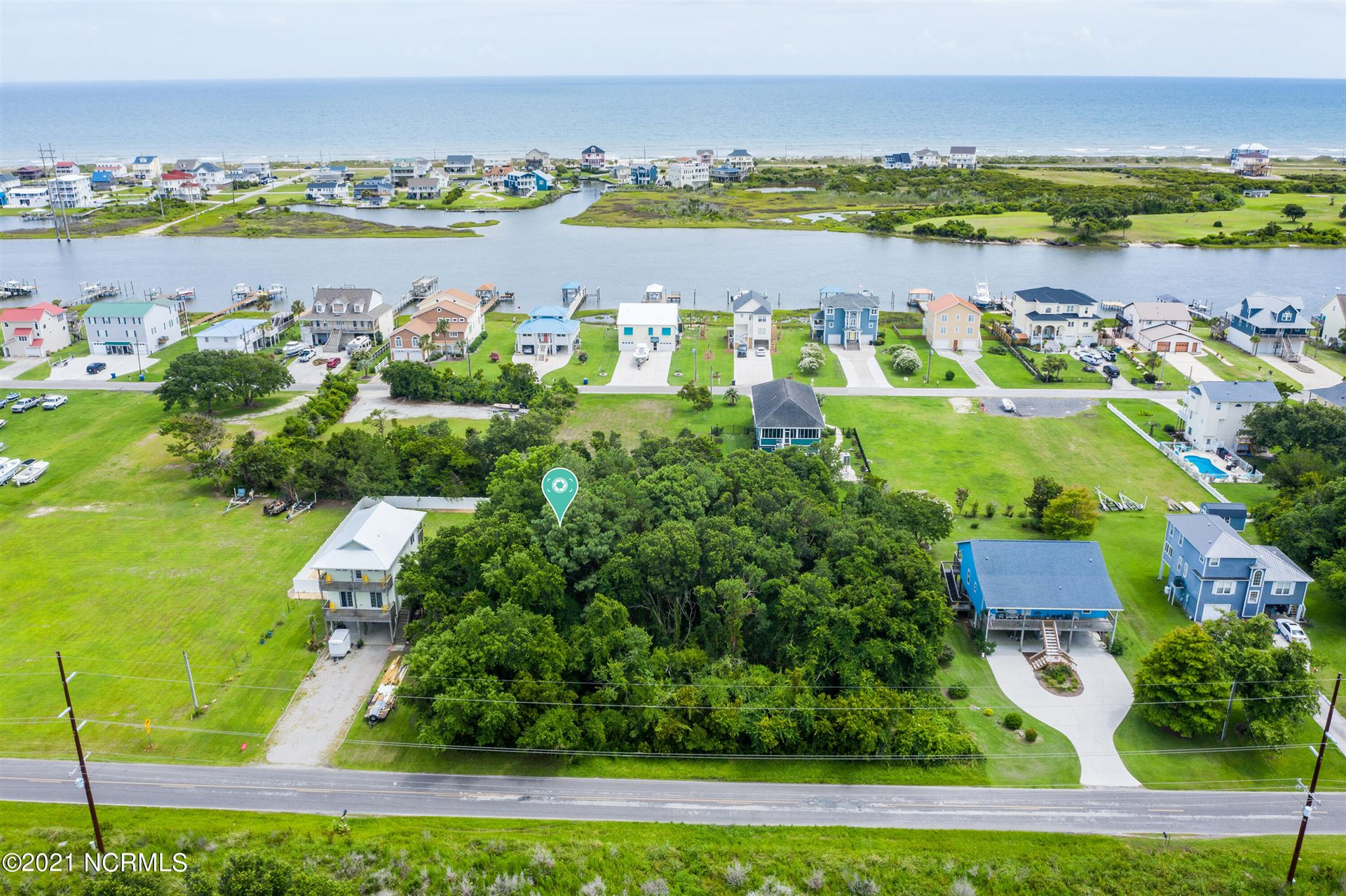 Photo of 180 Grandview Drive, Sneads Ferry, NC 28460 (MLS # 100281116)