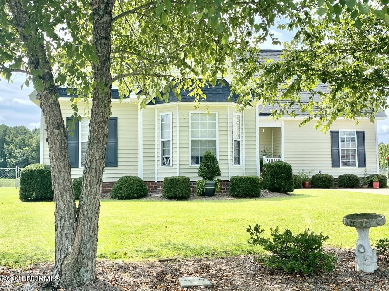 Photo of 1536 Ashmoor Lane, Winterville, NC 28590 (MLS # 100286116)
