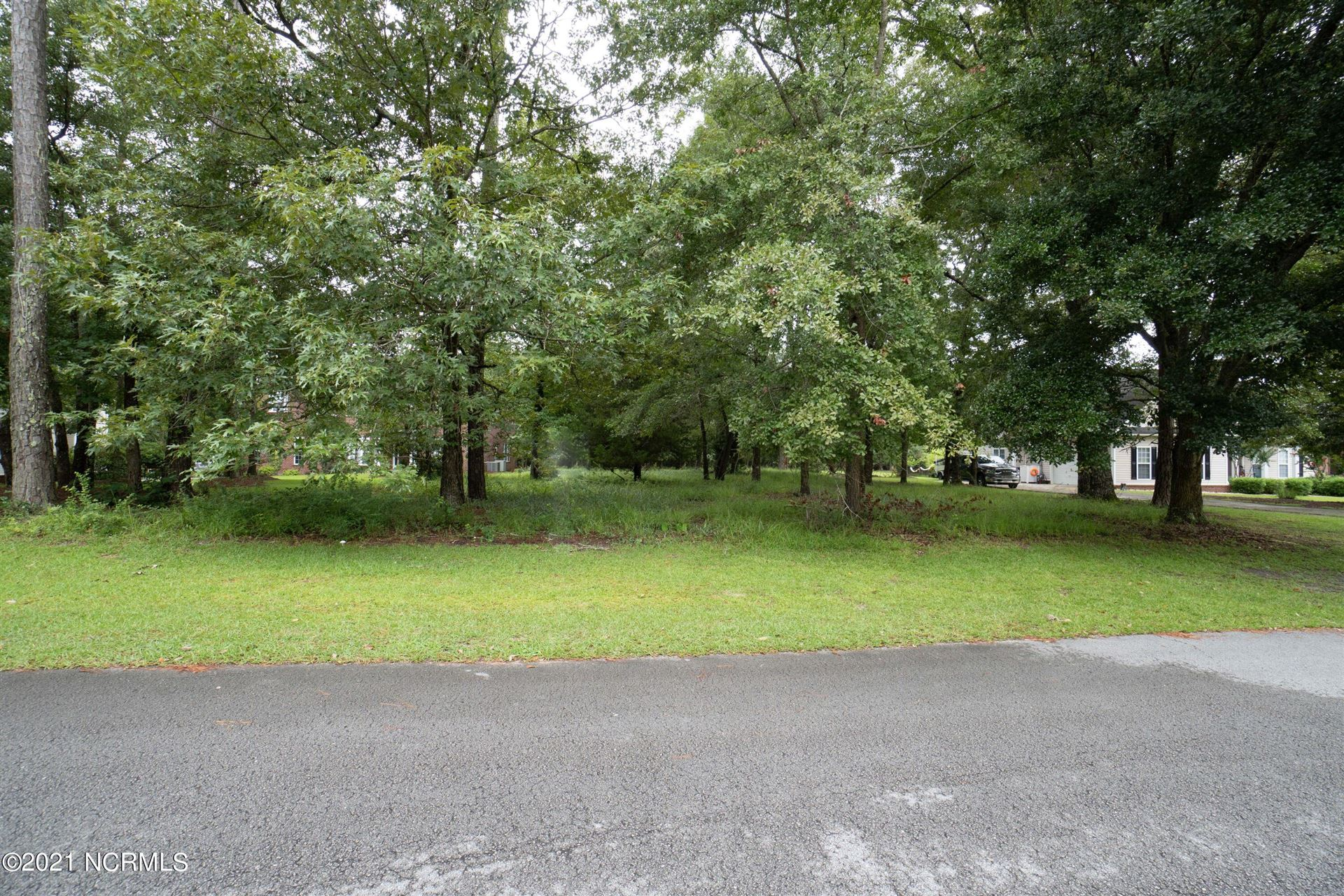 Photo of 107 White Swan Way, Swansboro, NC 28584 (MLS # 100285118)