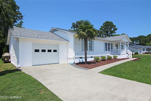 Photo of 637 Capeside Drive, Wilmington, NC 28412 (MLS # 100281122)