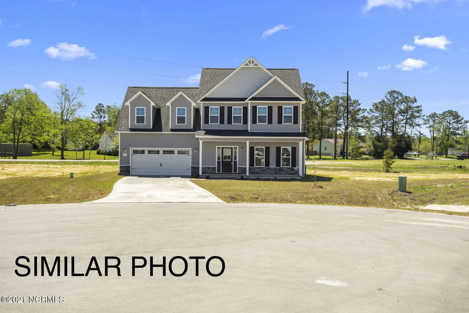 Photo for 118 Easton Drive, Richlands, NC 28574 (MLS # 100255122)
