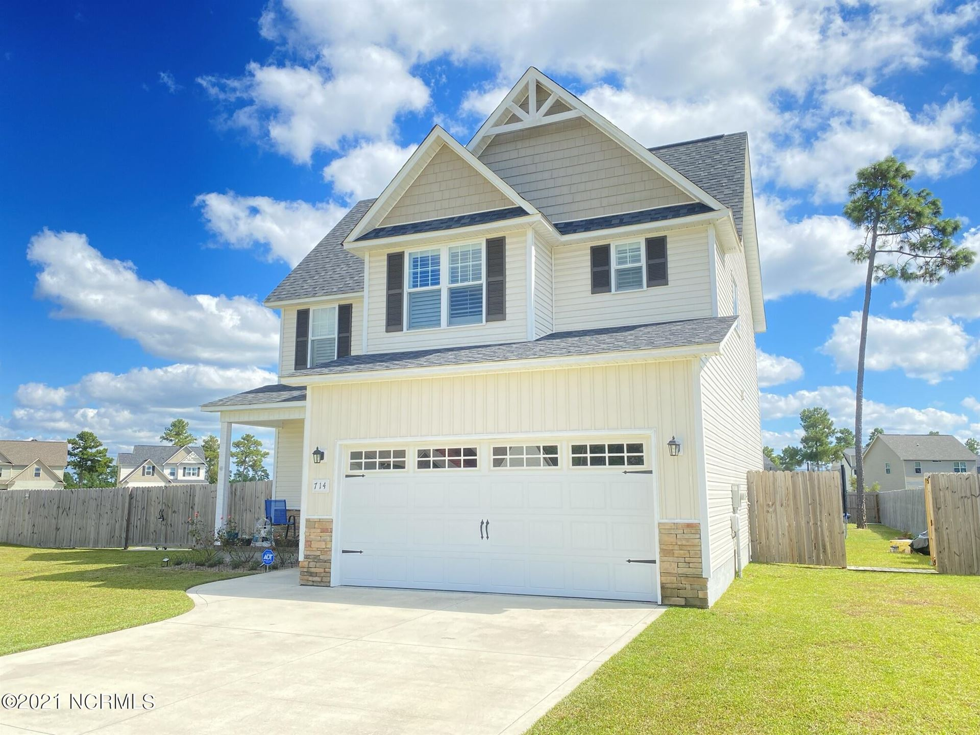 Photo of 714 Addor Drive, Richlands, NC 28574 (MLS # 100292123)