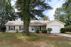 Photo of 507 W Springhill Terrace, Jacksonville, NC 28546 (MLS # 100173127)